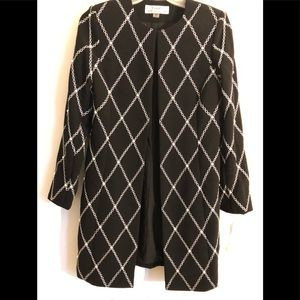 BRAND NEW TAHARI- SIZE 2 - WOMEN JACKET / COAT.